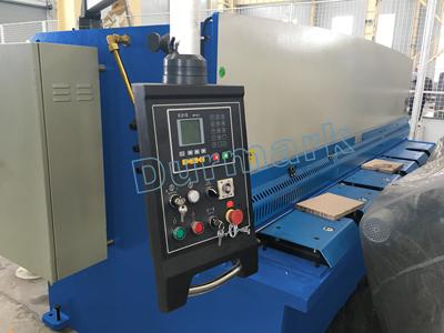 QC12Y آلة القص الهيدروليكية شعاع سوينغ