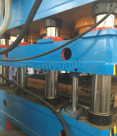 آلة الصحافة الهيدروليكية لنقش الجلد الصلب الباب